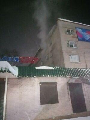 Женщина обожгла руки, спасая из пожара в Менделеевске пьяного возлюбленного