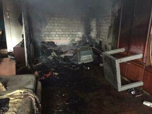 Из пожара в многоквартирном доме в Зеленодольске спасли 10 человек