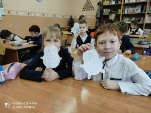 В нижнекамской школе прошло заседание клуба «ВО!круг книги»
