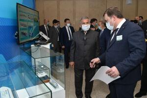Минниханов посетил выставку проектов для транспортного комплекса Татарстана