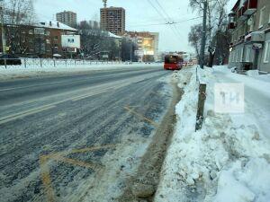 Ассоциация перевозчиков: автобусы Казани опаздывают из-за снежной каши на дорогах