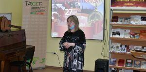 Бугульминские студенты посетили музыкальный киоск «Равнение на Победу!»