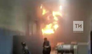 Пострадавший при пожаре в «НПО Татэлектромаш» находится в ожоговом отделении БСМП