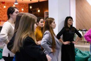 В Нижнекамске открылась бесплатная школа ведущих Easy say