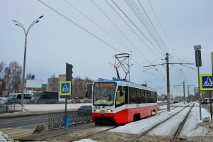 «Татары плохое не возьмут!»: В Челнах на линию вышли московские трамваи