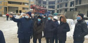 Застройщик «Золотой середины» пообещал прокурору Казани достроить комплекс в срок