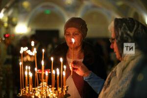 РПЦ посоветовала пожилым россиянам не посещать храмы на Рождество