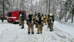 В Казани из пожара в многоэтажке спасли пять человек, среди них два ребенка