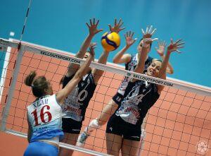 Матч женского волейбольного клуба «Ак Барс-Динамо» отменен из-за коронавируса