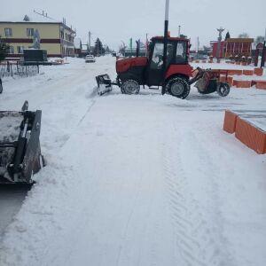 На борьбу со снегом в Алькеевском районе вышла дополнительная техника