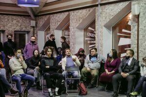Выборы, вузы, диалог: молодежь высказала предложения власти