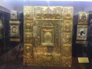 В Нацмузее РТ выставили оклад украденной Казанской иконы Божией Матери