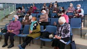 В Нижнекамске начали обучать пенсионеров основам медицинских знаний