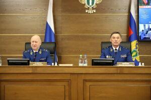 Жалобы татарстанцев выслушал заместитель Генпрокурора РФ