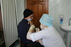 В Дрожжановской ЦРБ начали прививать от Covid-19 однодозной вакциной