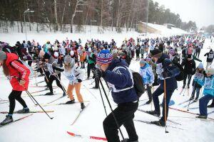 Лыжник из ЮАР, забег руководителей и студентов: в Казани прошла «Лыжня России»