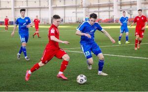 В Казани стартовал футбольный турнир с участием клубов ПФЛ