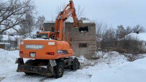 В Елабуге начали сносить хозяйственные постройки, сараи и заборы