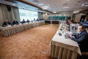 Безопасность и технологии: в Казани обсудили внедрение «умных» дорожных систем