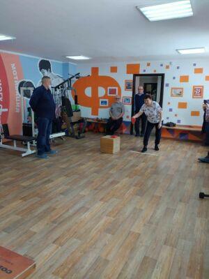 В Менделеевске провели соревнования по корнхоллу