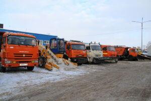 Глава Елабужского района поручил привести всю снегоуборочную технику в порядок