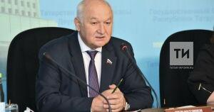 Гильмутдинов пообещал свозить врачей Зеленодольского района в Санкт-Петербург