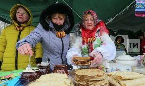 Самозанятые Казани угостят гостей масленичной ярмарки блинами и леденцами