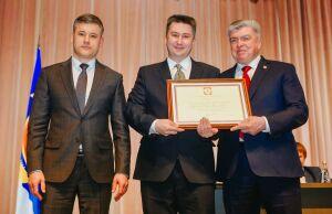 Челнинских медиков наградили почетными грамотами Президента России