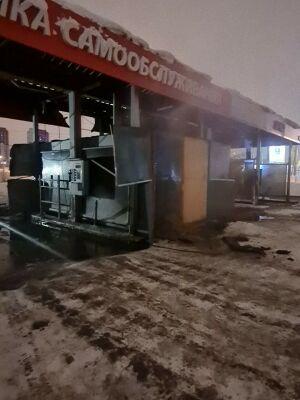 Ночью в Казани загорелась автомойка самообслуживания