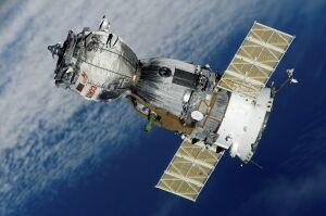 Эксперт: космический мусор скоро не позволит вылетать кораблям на орбиту