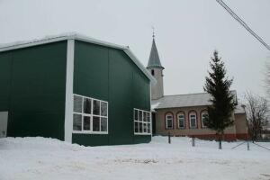 В Елабужском районе житель села Морты построил за свой счет спортзал