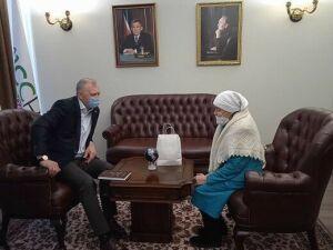 Бавлы посетила вдова Фаниса Яруллина Нурсия ханум