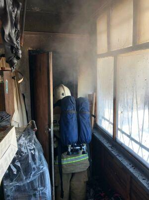 Пожарные потушили загоревшийся балкон в одном из жилых домов в Казани