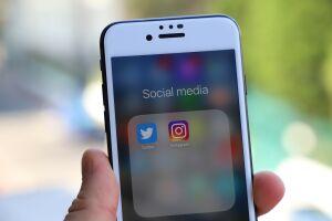 Роскомнадзор объявил о решении замедлить работу Twitter