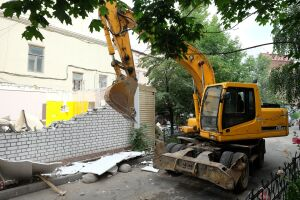 Власти Менделеевска снесут здание роддома для строительства многоэтажки