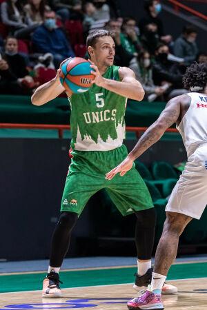 Президент БК УНИКС прокомментировал уход баскетболиста из команды