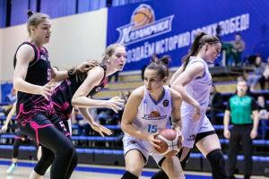 В Казани стартовали матчи второго раунда женского чемпионата России по баскетболу