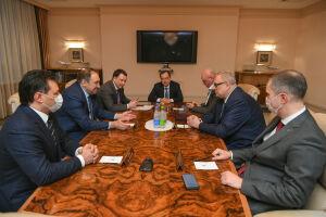 Премьер-министр РТ встретился с гендиректором Фонда содействия реформированию ЖКХ