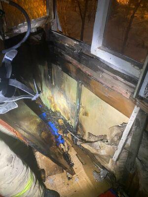 Престарелый казанец попал в больницу, надышавшись дымом от пожара на балконе