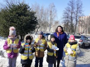 ЮИДовцы Татарстана написали водителям письма с просьбой соблюдать ПДД