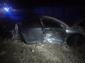 Водитель получил тяжелые травмы, влетев на авто в столб в Альметьевске