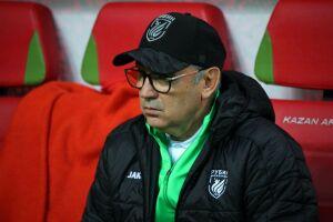 Курбан Бердыев прилетел в Турцию на сбор футбольного клуба «КАМАЗ»