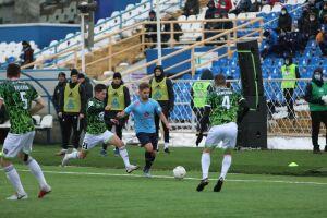 Футбольный «Нефтехимик» в Самаре уступил лидеру ФНЛ