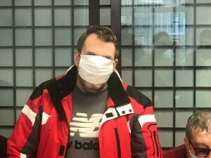 В суд доставили задержанного вора в законе Нейдера
