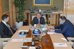 Минниханов обсудил промбезопасность РТ с новым главой Приволжского Ростехнадзора
