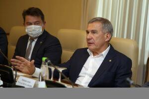 Минниханов и представители Минздрава РФ обсудили цифровизацию здравоохранения РТ