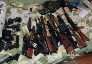 У казанцев нашли почти сто единиц оружия, переделанных под огнестрел