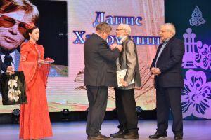 В Набережных Челнах вручена литературно-общественная премия имени Ильдара Юзеева