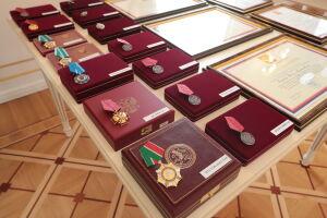 Минниханов поздравил женщин-правоохранителей республики с 8 Марта
