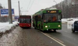 Глава Альметьевска поручил устранить проблемы в работе транспорта в морозы